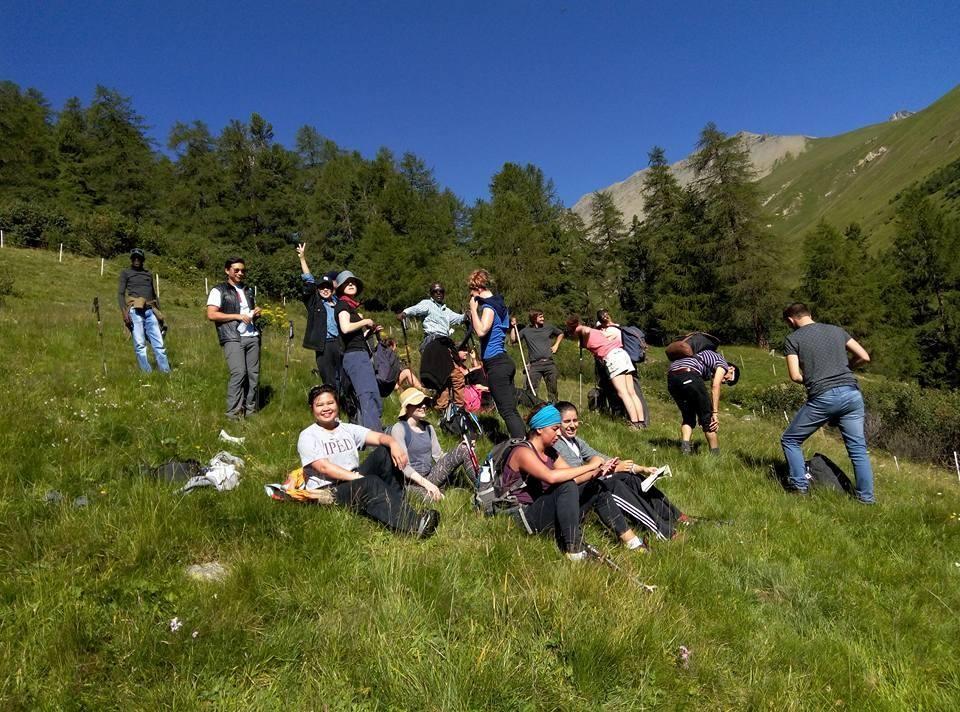 A beautiful day for Alpine Excursion in Graubünden